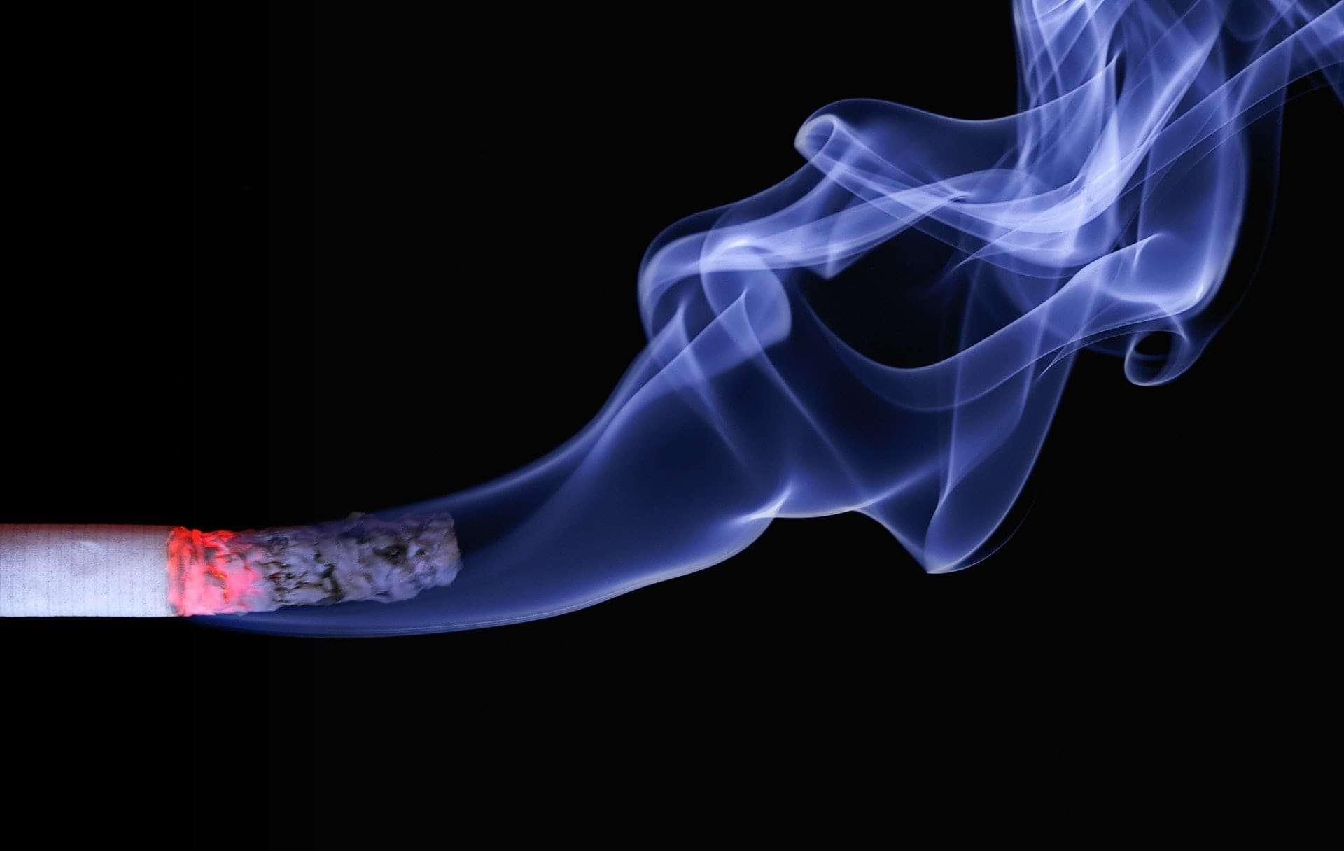 Nawracający problem palenia papierosów